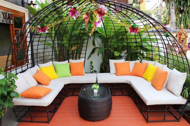 backyard deck furniture to design a backyard living room