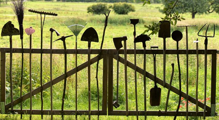 fence as garden design