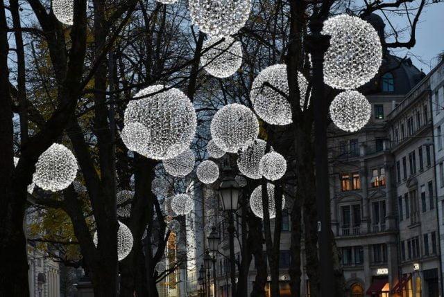 Lamps in trees, garden lighting idea