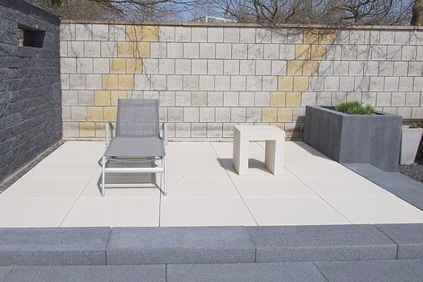 minimalist patio design